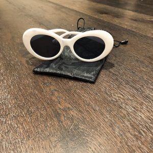 Accessories - White Clout Goggles